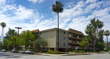 350 E California Bl. Studio-99 Beds Apartment for Rent Photo Gallery 1