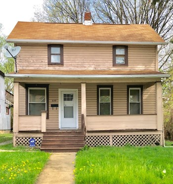 649 Hazel St. 2 Beds Apartment for Rent Photo Gallery 1