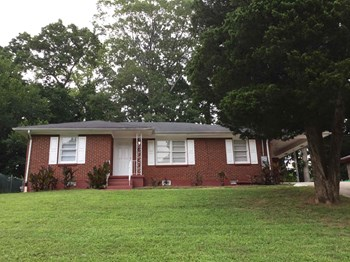 2270 Amber Way 3 Beds House for Rent Photo Gallery 1