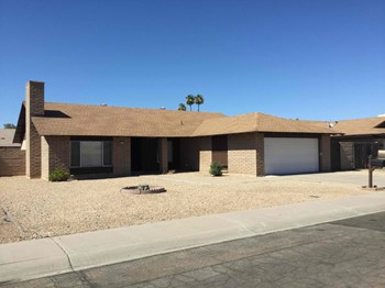 4618 W EL CAMINITO Dr 3 Beds House for Rent Photo Gallery 1