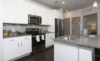 6820 Axis West Circle 3 Beds Apartment for Rent Photo Gallery 1