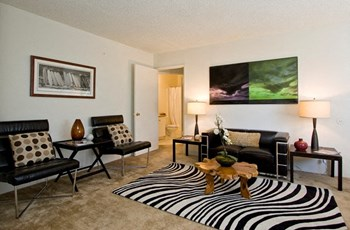 2620 Ellendale Place 1-2 Beds Apartment for Rent Photo Gallery 1