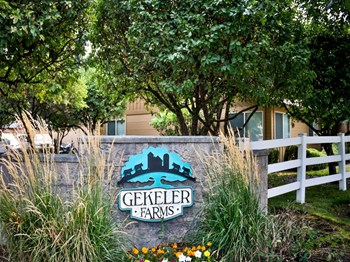 3218 S Gekeler Ln 1-3 Beds Apartment for Rent Photo Gallery 1