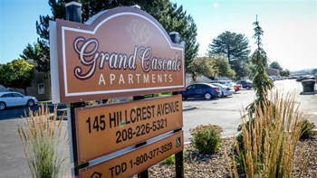 145 Hillcrest Ave 1-2 Beds Apartment for Rent Photo Gallery 1