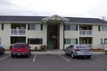 620 Linder Ave 2-4 Beds Apartment for Rent Photo Gallery 1