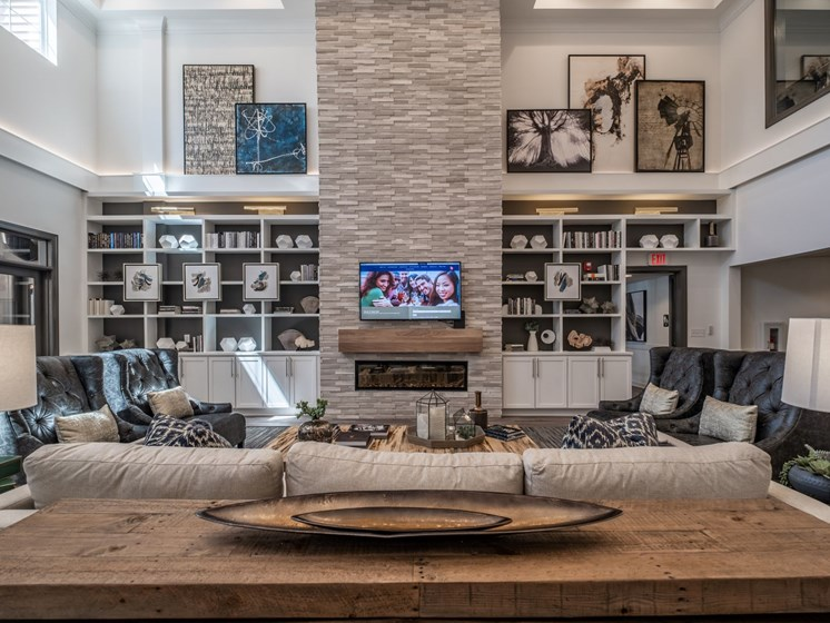 Luxurious Clubhouse With Television at Abberly CenterPointe Apartment Homes by HHHunt, Midlothian, 23114