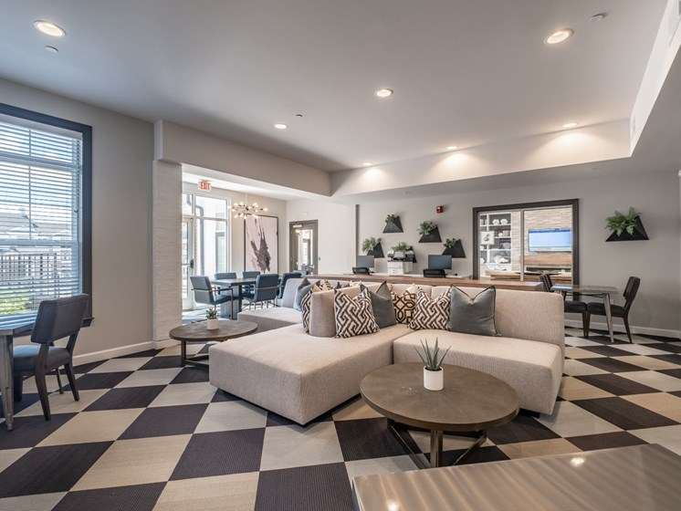 Posh Lounge Area In Clubhouse at Abberly CenterPointe Apartment Homes by HHHunt, Midlothian