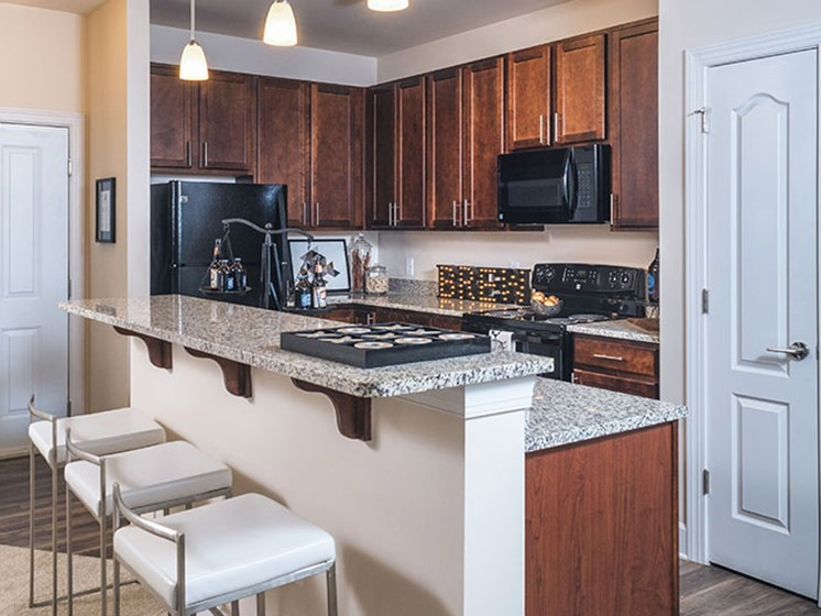 Open Kitchen Design at Abberly CenterPointe Apartment Homes, Midlothian, VA, 23114