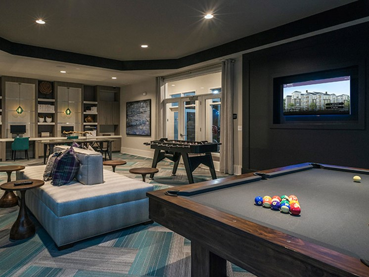 C Lounge with Billiards at Abberly CenterPointe Apartment Homes, Virginia