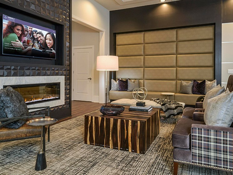 Clubhouse With Television at Abberly CenterPointe Apartment Homes, Virginia, 23114