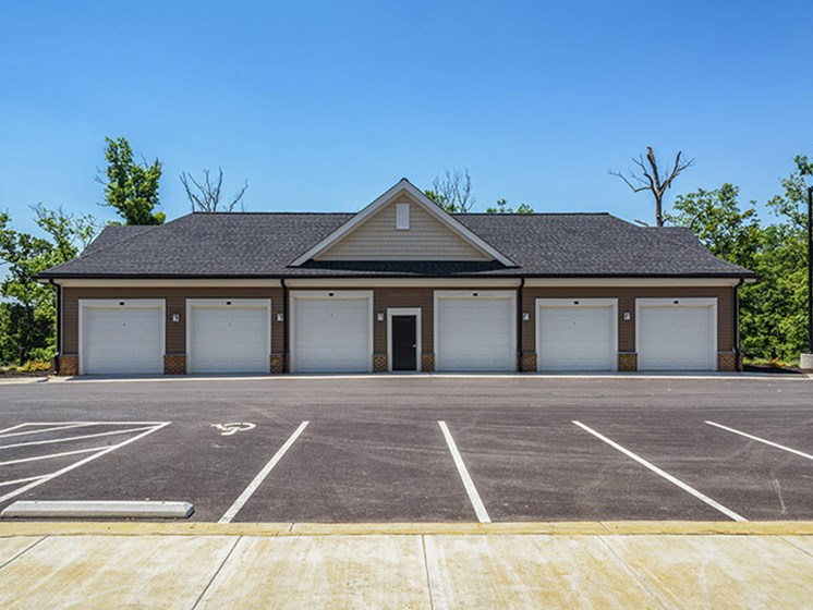 Car Care Center at Abberly CenterPointe Apartment Homes, Midlothian