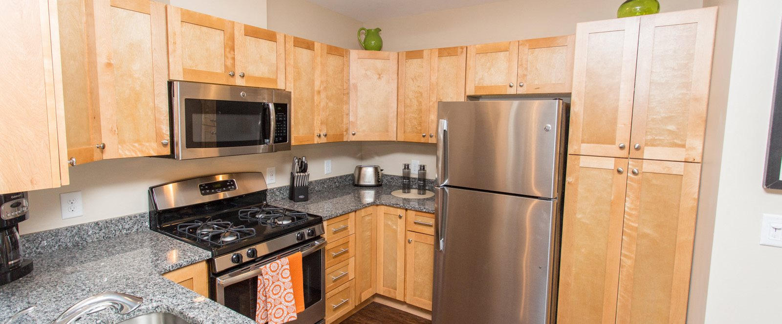 village green kitchen apartment photo