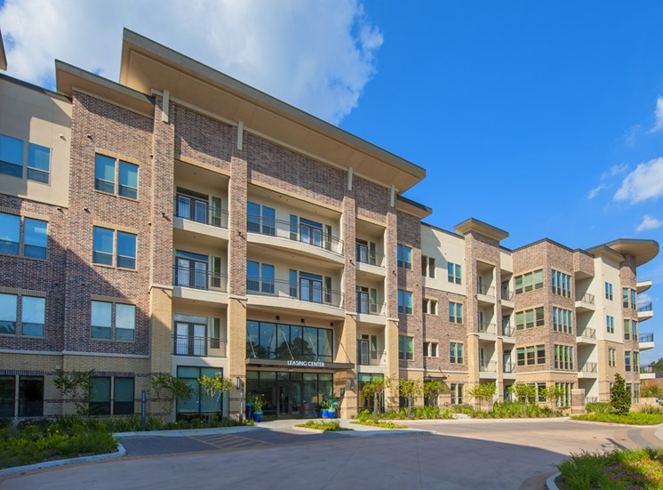 exterior apartments in memorial houston