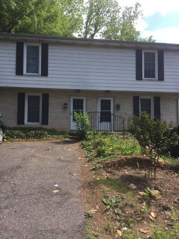 1236-1238 Laurel Street 2 Beds Apartment for Rent Photo Gallery 1