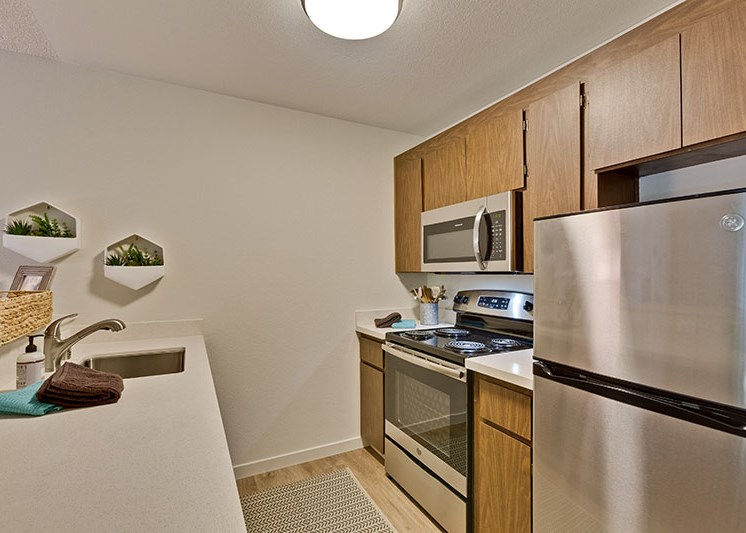 Santa Cruz CA Apartments-Hilltop Apartments Kitchen