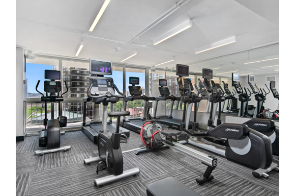 Fitness Center at One East Delaware, Chicago, 60611