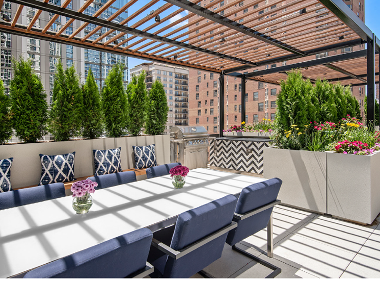 Rooftop Terrace at One East Delaware