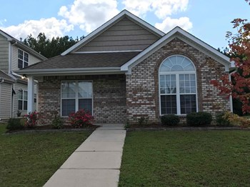 1224 Village Trl 3 Beds House for Rent Photo Gallery 1