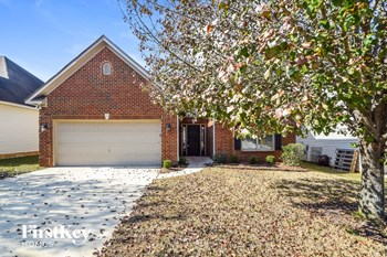 2136 Parsons Dr 3 Beds House for Rent Photo Gallery 1
