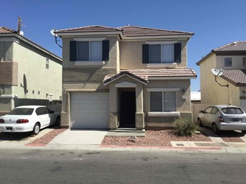 5166 Paradise Skies Ave 4 Beds House for Rent Photo Gallery 1