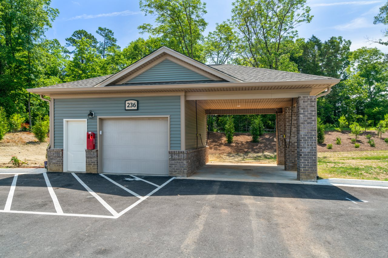Car care station at The Lodges at Lake Wylie in Lake Wylie, SC