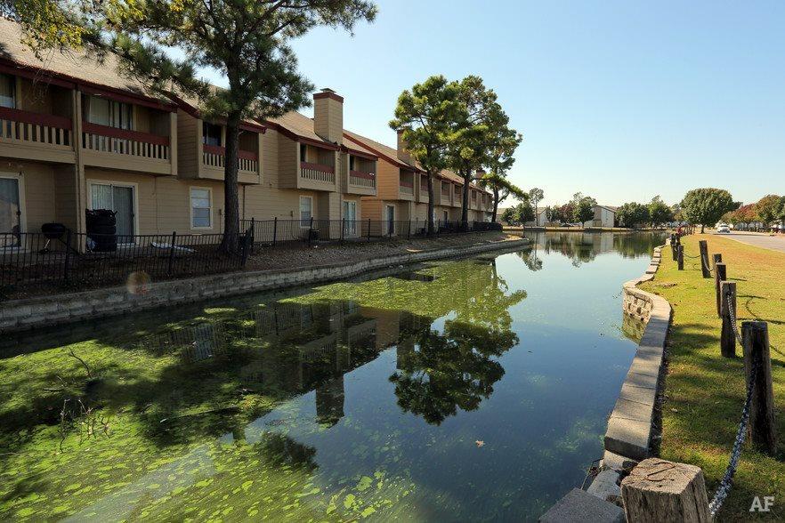 lakeside place apartments apartments in tulsa ok