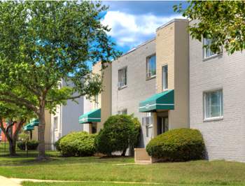 1400 University Blvd. East 1-2 Beds Apartment for Rent Photo Gallery 1