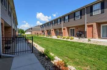6510 North 107th Plaza 2-4 Beds Townhouse for Rent Photo Gallery 1