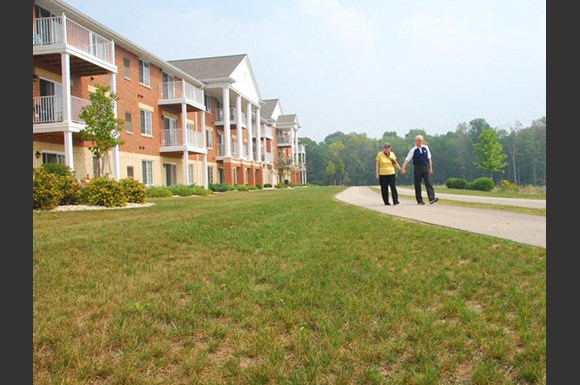 Lush landscaping With Walking Trails at Wildwood Highlands Apartments & Townhomes 55+, Menomonee Falls, WI,53051