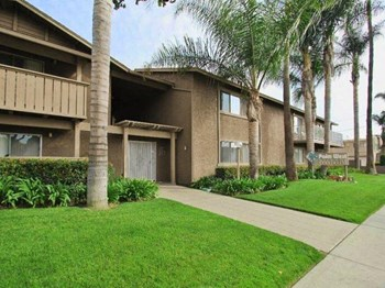 644 S Knott Ave. 1-3 Beds Apartment for Rent Photo Gallery 1