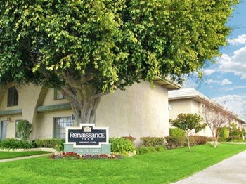3433 West Del Monte Dr. 1-2 Beds Apartment for Rent Photo Gallery 1