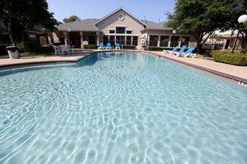 2900 Century Park Blvd 1-3 Beds Apartment for Rent Photo Gallery 1