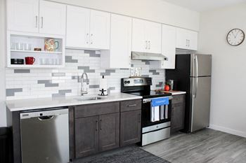 10 Park Row West Studio-3 Beds Apartment for Rent Photo Gallery 1