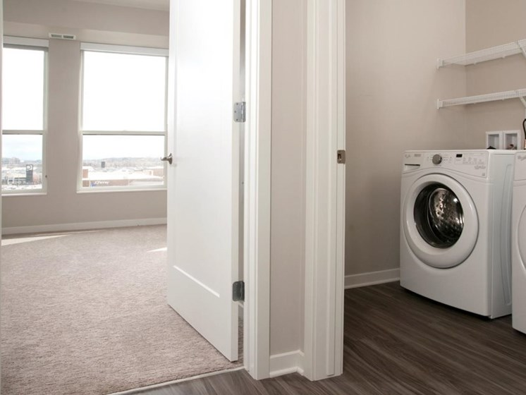 Residences at 1700 Vacant Bedroom Laundry Washer Dryer