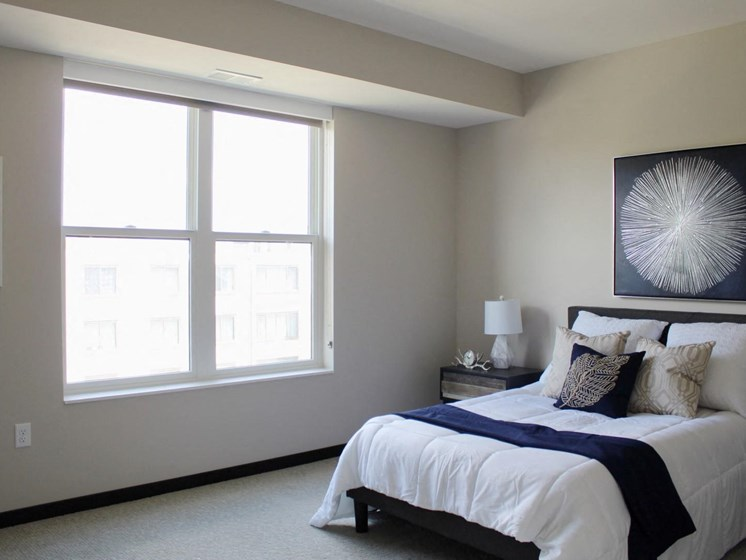 Executive Suites Available at The Shoreham, Minnesota, 55416