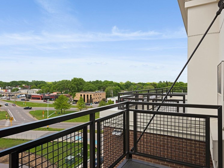 Panoramic Views of Downtown at The Shoreham, St. Louis Park, MN 55416
