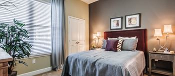 301 Seaport Lane Studio Apartment for Rent Photo Gallery 1