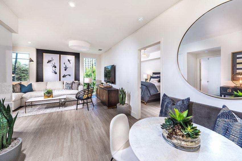 580 Anton Costa Mesa, CA 2 Bedroom Living Room