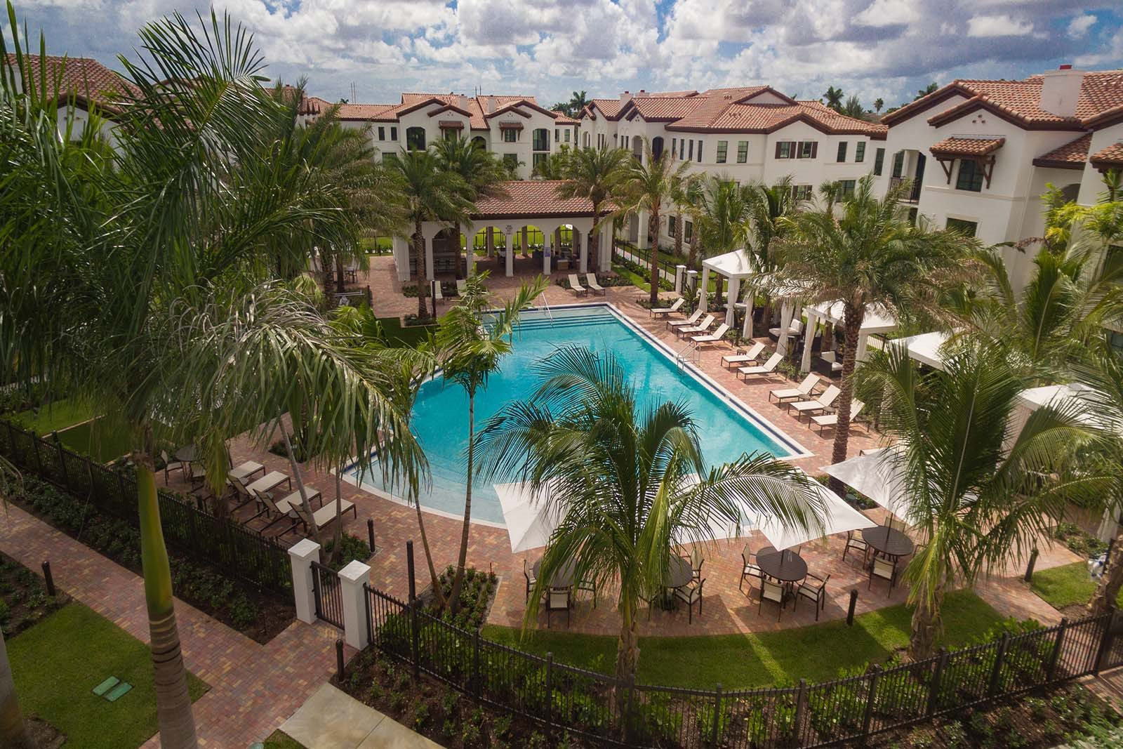 Luxury Apartments with Swimming Pools- Mirador at Doral by Windsor