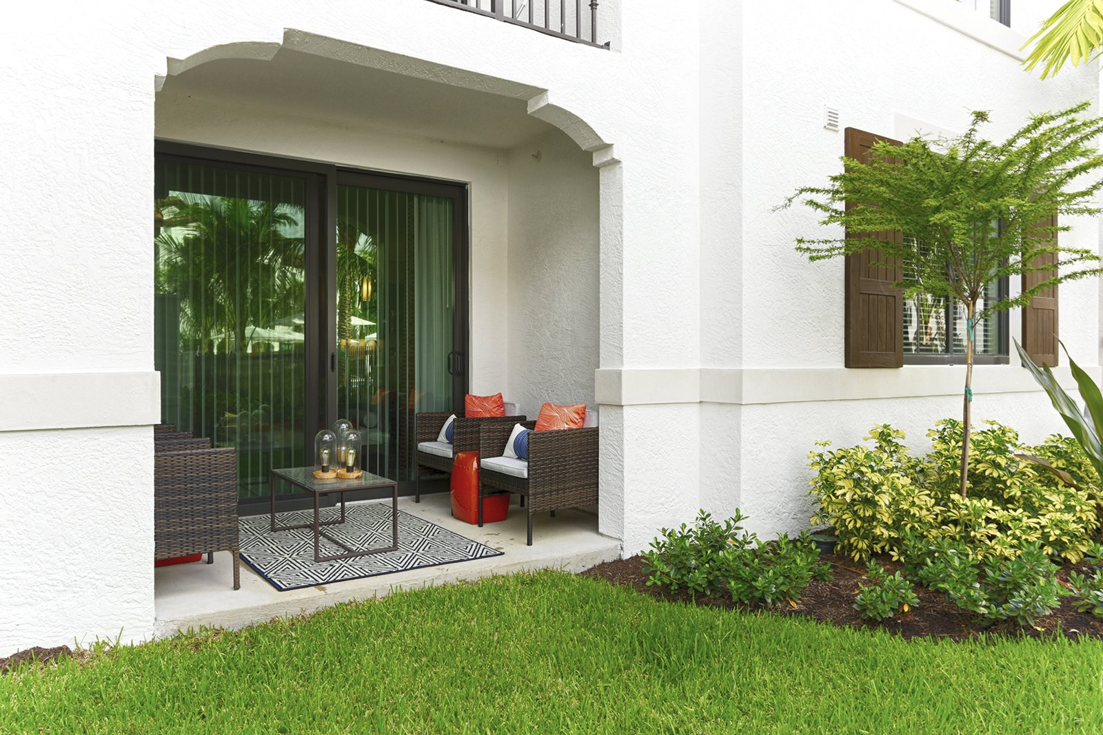 Mirador At Doral By Windsor Apartments For Rent In Doral