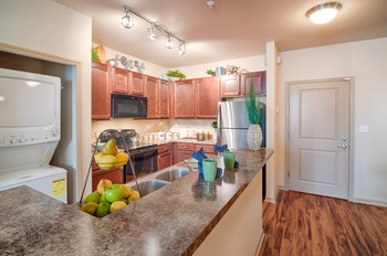 606 3rd Avenue West 1-3 Beds Apartment for Rent Photo Gallery 1
