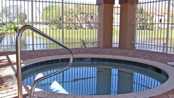 927 Siesta Key Blvd 1-2 Beds Apartment for Rent Photo Gallery 1