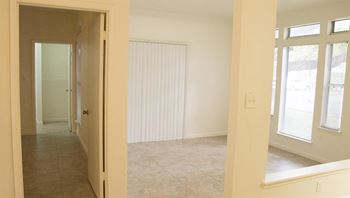 927 Siesta Key Blvd. 1-2 Beds Apartment for Rent Photo Gallery 1
