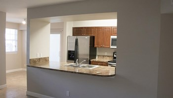 927 Siesta Key Blvd Studio Apartment for Rent Photo Gallery 1
