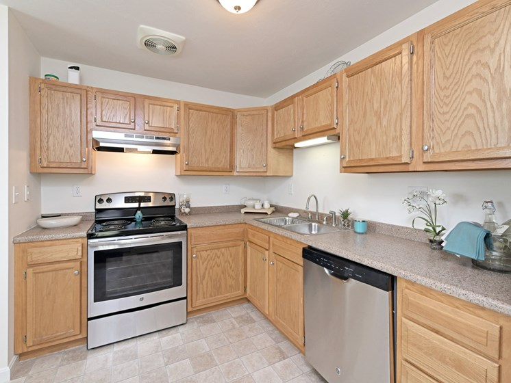 All Electric Kitchen at Windsor Terrace, Hooksett