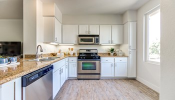 1850 Thibodo Rd 1-3 Beds Apartment for Rent Photo Gallery 1