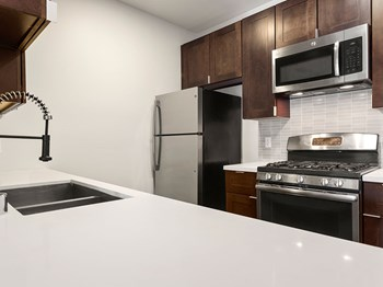 6900 Bonita Terrace 1-3 Beds Apartment for Rent Photo Gallery 1