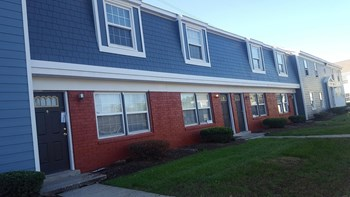 5810 Sebring Drive 1-3 Beds Apartment for Rent Photo Gallery 1