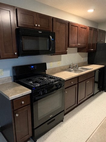 720 59th Place Studio-1 Bed Apartment for Rent Photo Gallery 1