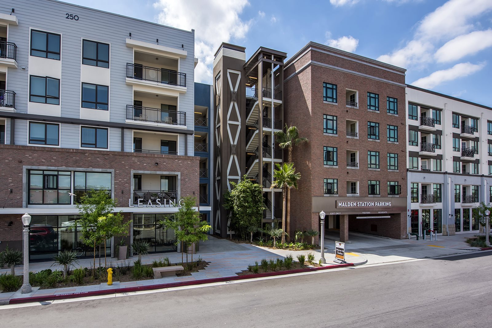 Pet Friendly Apartments in Fullerton, CA- Malden Station by Windsor